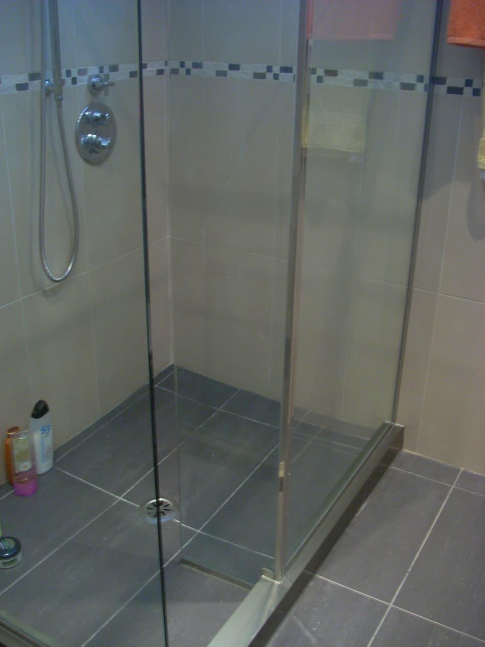 Mamparas de ba o cristaler a vidrio ferrol for Mamparas de vidrio templado para banos
